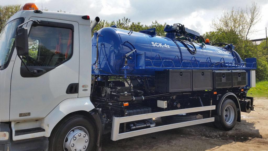 wuko - pojazd doczyszczenia kanalizacji - bok 3
